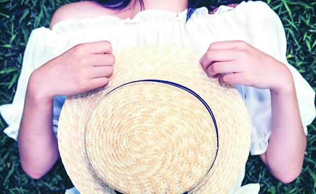 麦わら帽子と彼女